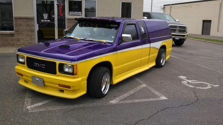 Auto Body Shop | Burnsville, MN | Maaco Collision Repair
