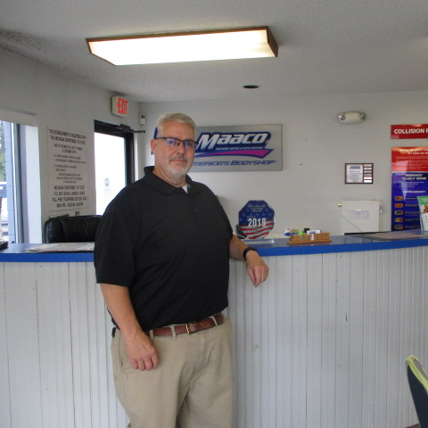 Joe St. Pierre General Manager at Maaco Burton MI